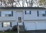 Foreclosure Auction in Waterbury 06705 33 WOODGLEN DR - Property ID: 1676411