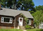 Foreclosed Home in Waterbury 06705 129 GREENLEAF AVE - Property ID: 2821792