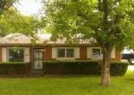 Foreclosed Home in Louisville 40229 6116 TOEBBE LN - Property ID: 2873733