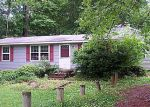 Foreclosed Home in Gloucester 23061 8729 MARLFIELD RD - Property ID: 2874909