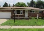 Foreclosed Home in Center Line 48015 26704 POTOMAC CT - Property ID: 3003061