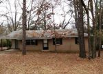 Foreclosed Home in Benton 72019 7629 CARRIE DR - Property ID: 3023981