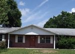 Foreclosed Home in Lakeland 33810 3423 GROVEVIEW DR - Property ID: 3191067