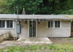 Foreclosed Home in Longview 98632 750 COAL CREEK RD - Property ID: 3256557