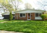 Foreclosed Home in Madison Heights 48071 1734 MOULIN AVE - Property ID: 3274155