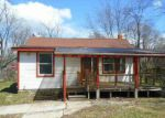 Foreclosed Home in Commerce Township 48382 3064 NEWTON RD - Property ID: 3274251