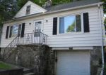 Foreclosed Home in Waterbury 06704 2238 N MAIN ST - Property ID: 3318466