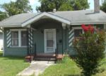 Foreclosed Home in San Antonio 78210 210 PRESTON AVE - Property ID: 3349226