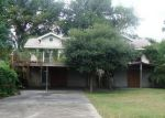 Foreclosed Home in Houston 77044 8013 VAN HUT LN - Property ID: 3351512