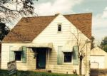 Foreclosed Home in Saint Clair Shores 48081 22481 POINTE DR - Property ID: 3359624
