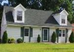 Foreclosed Home in Louisville 40228 8413 BEREA DR - Property ID: 3361507