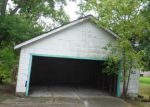 Foreclosed Home in Baytown 77520 2112 CAROLINA ST - Property ID: 3369539