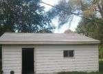 Foreclosed Home in Southfield 48075 21420 STAHELIN RD - Property ID: 3379547