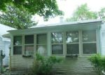 Foreclosed Home in Hazel Park 48030 393 W ROBERT AVE - Property ID: 3379550