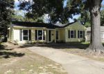Foreclosed Home in Houston 77033 5931 BELCREST ST - Property ID: 3380056