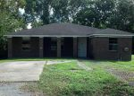 Foreclosed Home in Houston 77051 7729 BOWEN ST - Property ID: 3380101