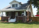 Foreclosed Home in Gillespie 62033 306 PARK AVE - Property ID: 3384138