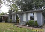 Foreclosed Home in Louisville 40229 10108 CORALWOOD DR - Property ID: 3384426