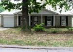 Foreclosed Home in Springfield 65807 2450 S MEADOWBROOK AVE - Property ID: 3385453