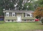 Foreclosed Home in Buffalo 14224 26 QUEENS DR - Property ID: 3386284