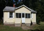 Foreclosed Home in Richmond 23231 1400 BURNING TREE RD - Property ID: 3391498