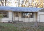 Foreclosed Home in Topeka 66605 2517 SE IOWA AVE - Property ID: 3427034