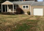 Foreclosed Home in Springfield 65807 1215 W UNIVERSITY ST - Property ID: 3427391