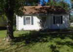 Foreclosed Home in Topeka 66604 1009 SW WEBSTER AVE - Property ID: 3432975