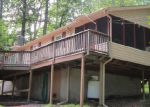 Foreclosed Home in Lackawaxen 18435 112 LAMPLIGHTER LN - Property ID: 3436689