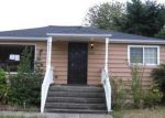 Foreclosed Home in Seattle 98146 10256 6TH AVE SW - Property ID: 3437393