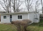 Foreclosed Home in Walled Lake 48390 2321 INDIANA ST - Property ID: 3462716