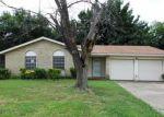 Foreclosed Home in Arlington 76014 1304 CEDAR BRUSH TRL - Property ID: 3464503