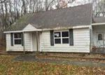 Foreclosed Home in Au Gres 48703 2348 E HURON RD - Property ID: 3471191