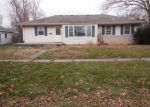 Foreclosed Home in Girard 62640 230 E MADISON ST - Property ID: 3489353