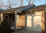Foreclosed Home in Warren 48089 25801 CRIMSON CT - Property ID: 3497489