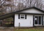 Foreclosed Home in Algonac 48001 9204 ISLAND DR - Property ID: 3507635