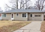 Foreclosed Home in Topeka 66605 2925 SE OHIO AVE - Property ID: 3526006