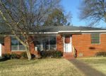 Foreclosed Home in Benton 72015 619 PEARL - Property ID: 3542269