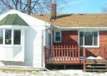 Foreclosed Home in Eastpointe 48021 22474 RAVEN AVE - Property ID: 3549459