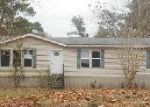 Foreclosed Home in Hilliard 32046 22303 CREWS RD - Property ID: 3549716