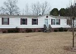 Foreclosed Home in Timmonsville 29161 810 HARKLESS CT - Property ID: 3550443