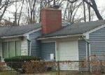 Foreclosed Home in Southfield 48075 20611 WESTHAMPTON AVE - Property ID: 3586023