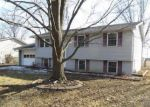 Foreclosed Home in Brighton 62012 304 BELVEDERE CIR - Property ID: 3592699