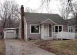 Foreclosed Home in Topeka 66606 912 SW MEDFORD AVE - Property ID: 3592932