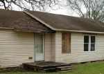 Foreclosed Home in Baytown 77520 205 E FRANCIS ST - Property ID: 3595195