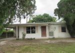 Foreclosed Home in Fort Myers 33907 1856 OAK DR - Property ID: 3602147