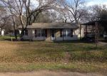 Foreclosed Home in Azle 76020 608 W COLUMBIA DR - Property ID: 3622781
