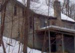 Foreclosed Home in Bushkill 18324 1033 PORTER DR - Property ID: 3630812