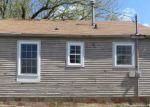 Foreclosed Home in Topeka 66616 225 NE WOODRUFF AVE - Property ID: 3651172