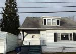 Foreclosed Home in Buffalo 14207 170 NEWFIELD ST - Property ID: 3663293